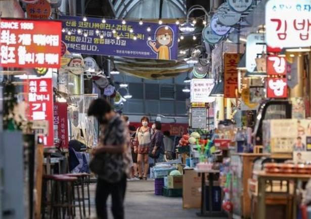 韩国疫情期间葡萄酒销量激增